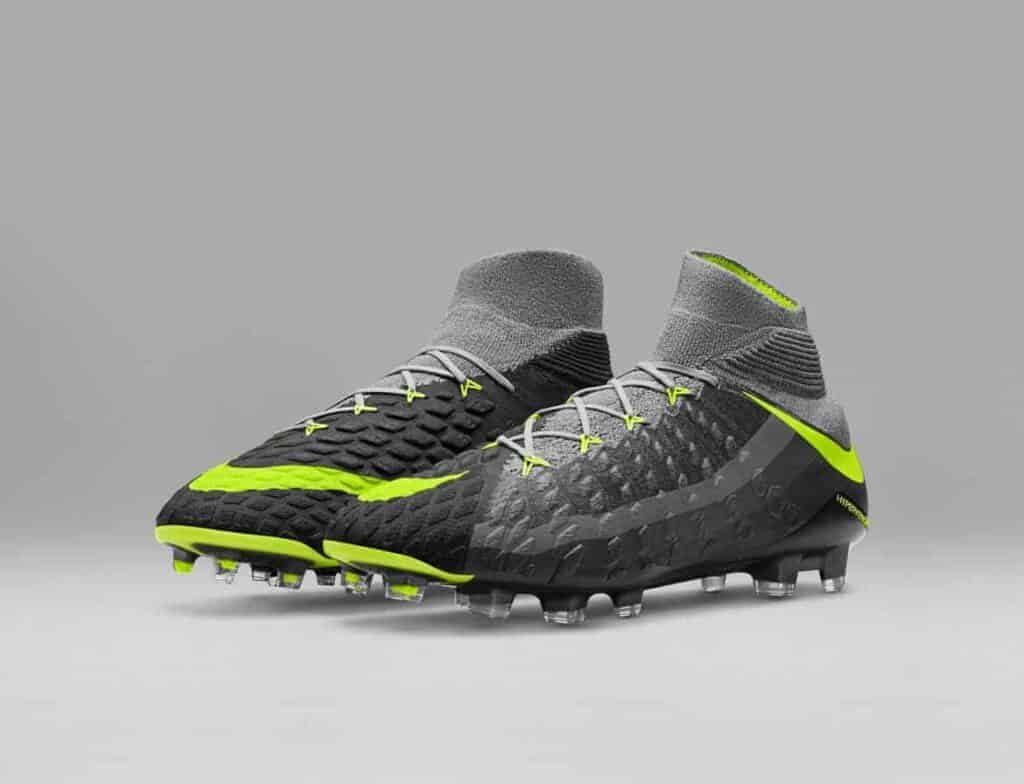 Nike Revolution Pack Hypervenom Phantom