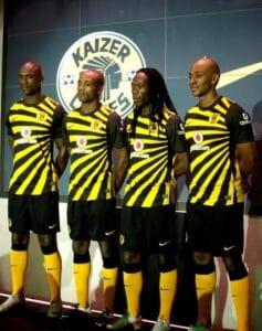 Grimme fodboldtrøjer - Kaizer Chiefs 2011-12