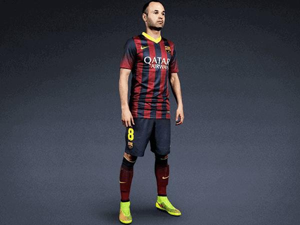 Andres Iniesta i Nike Magista Obra