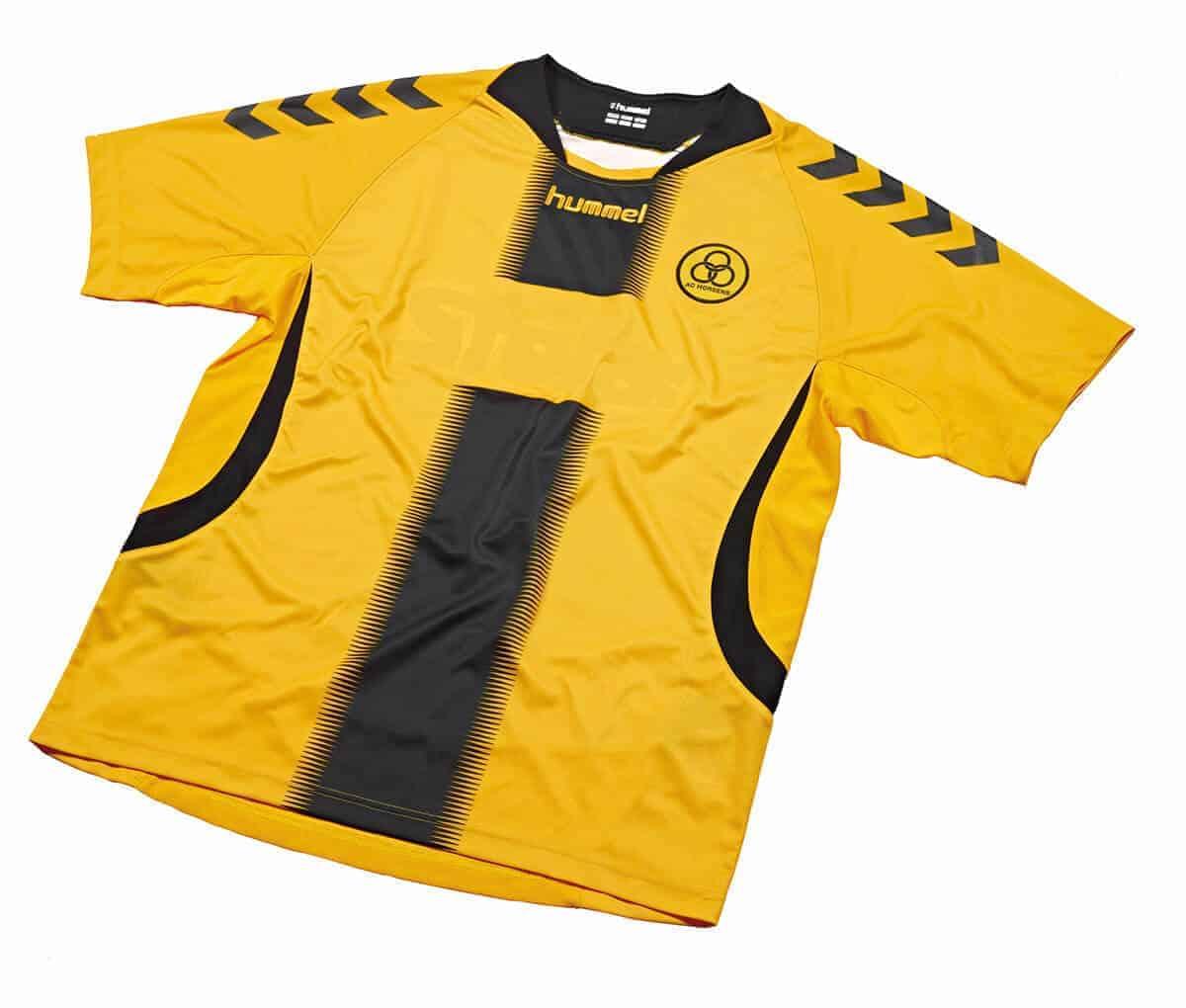 aee7e6f78ea → AC Horsens trøje! Se laveste priser på Horsens trøjer i DK!