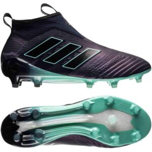 Thunderstorm, fodboldstøvler med sok